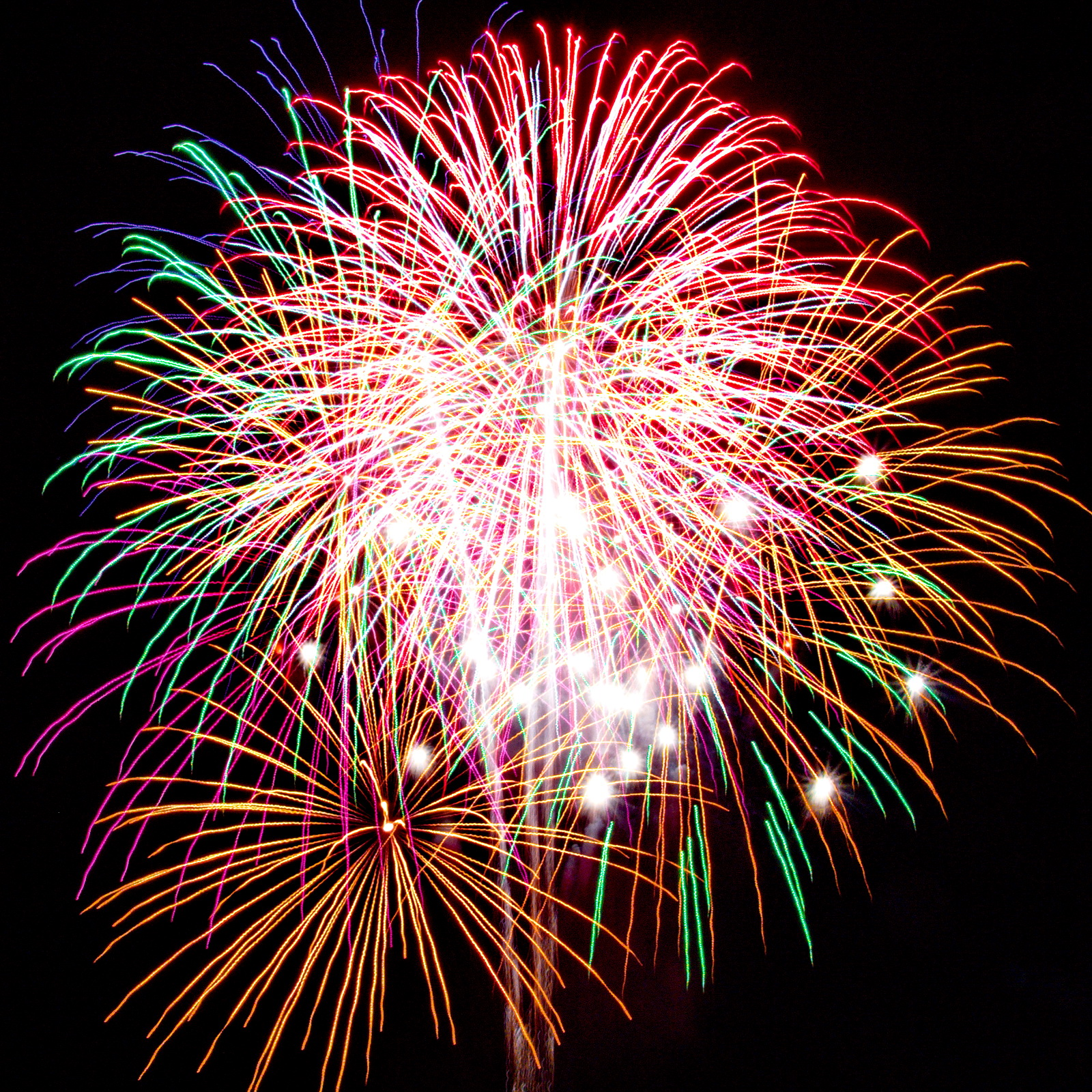 Massachusetts Fireworks go2.guide multicolored spectacular