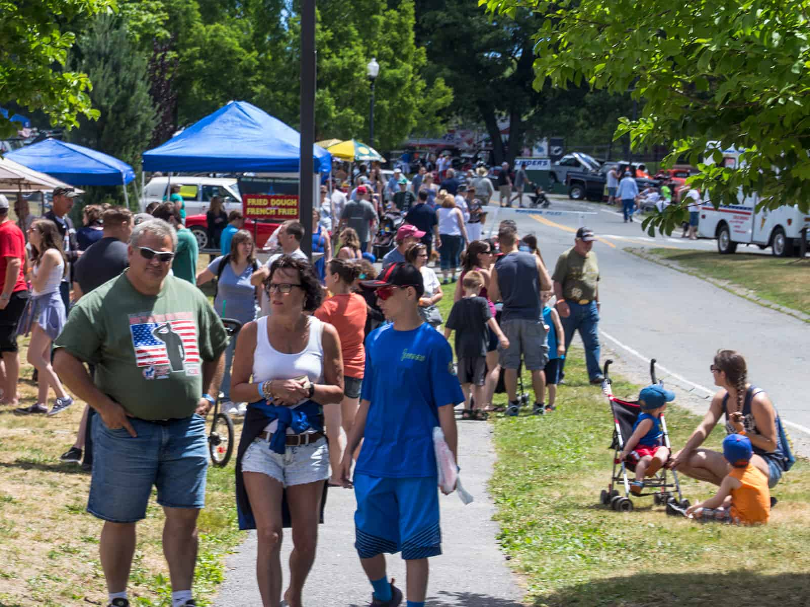 2016 Cars of Summer - Car Show Crowds - July 4th Weekend